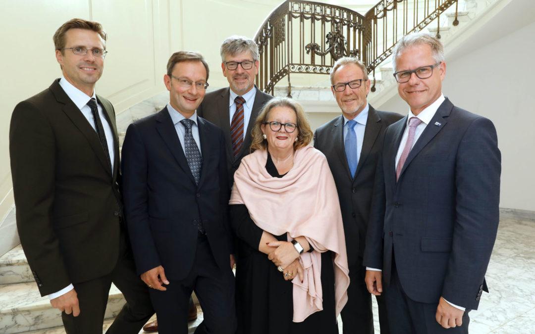Zukunft des Mönchengladbacher Flughafens:IHK und Förderverein Flughafen tauschen sich aus