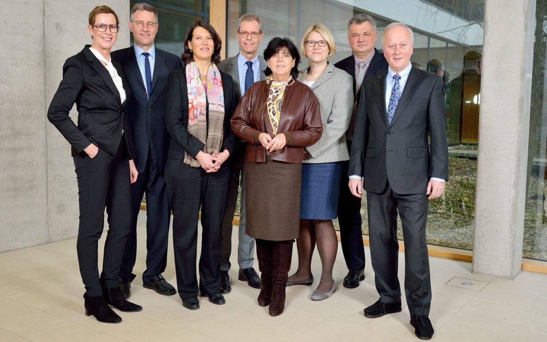 Hochschulrat: Dr. Dieter Porschen bleibt Vorsitzender