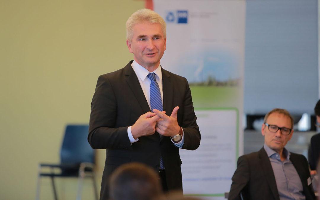 NRW-Wirtschaftsminister Pinkwart: Wie gelingt der Strukturwandel?