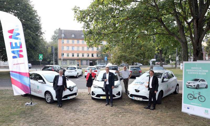 Länderübergreifendes E-Carsharing SHAREuregio Unplug & Go startet